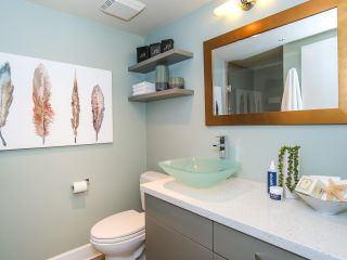 "Photo 12: 403 2108 W 38TH Avenue in Vancouver: Kerrisdale Condo for sale in ""The Wilshire"" (Vancouver West)  : MLS®# R2355468"