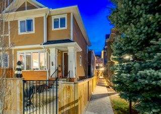 Photo 3: 2 2423 29 Street SW in Calgary: Killarney/Glengarry Row/Townhouse for sale : MLS®# A1098921