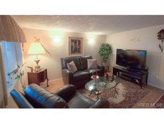 Photo 2: 9 2911 Sooke Lake Rd in VICTORIA: La Goldstream Manufactured Home for sale (Langford)  : MLS®# 629320