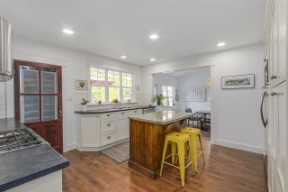 """Photo 7: 1425 129 Street in Surrey: Crescent Bch Ocean Pk. House for sale in """"Fun Fun Park"""" (South Surrey White Rock)  : MLS®# R2109994"""
