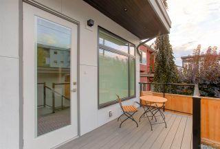Photo 3: 481 E 16TH Avenue in Vancouver: Mount Pleasant VE 1/2 Duplex for sale (Vancouver East)  : MLS®# R2354193