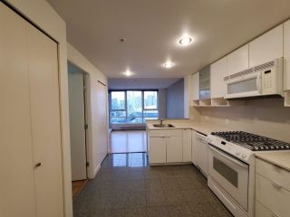"Photo 2: 2506 939 EXPO Boulevard in Vancouver: Yaletown Condo for sale in ""Max II"" (Vancouver West)  : MLS®# R2575911"