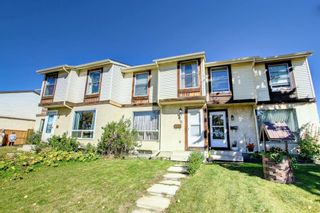 Photo 4: 76 Abergale Way NE in Calgary: Abbeydale Row/Townhouse for sale : MLS®# A1148921