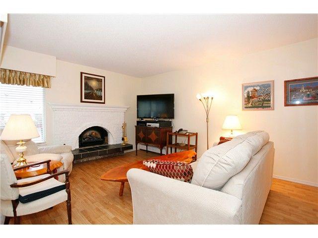 Photo 13: Photos: 302 1390 Martin Street: White Rock Condo for sale (South Surrey White Rock)  : MLS®# F1427952