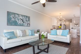 Photo 4: SAN DIEGO Condo for sale : 2 bedrooms : 3560 1St #6