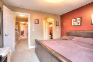 """Photo 10: 27 6299 144 Street in Surrey: Sullivan Station Townhouse for sale in """"Altura"""" : MLS®# R2023805"""
