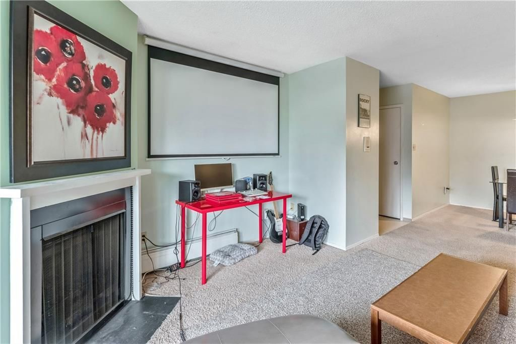 Photo 10: Photos: 9306 315 SOUTHAMPTON Drive SW in Calgary: Southwood Apartment for sale : MLS®# C4224686