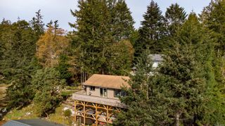 Photo 41: 3703 Signal Hill Rd in : GI Pender Island House for sale (Gulf Islands)  : MLS®# 870335