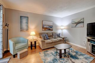 Photo 2: 49 1506 Admirals Rd in : VR Glentana Row/Townhouse for sale (View Royal)  : MLS®# 882374