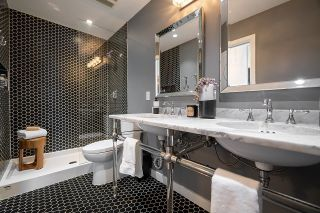 """Photo 15: 1103 88 W 1ST Avenue in Vancouver: False Creek Condo for sale in """"THE ONE"""" (Vancouver West)  : MLS®# R2624687"""