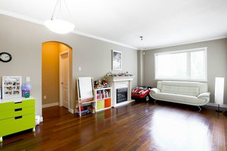 """Photo 8: 216 2627 SHAUGHNESSY Street in Port Coquitlam: Central Pt Coquitlam Condo for sale in """"VILLAGIO"""" : MLS®# R2094300"""
