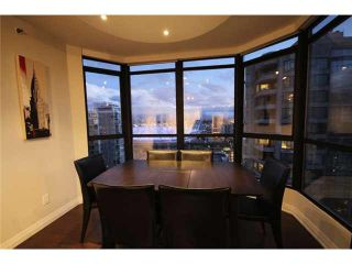 "Photo 3: 2602 867 HAMILTON Street in Vancouver: Downtown VW Condo for sale in ""JARDINES LOOKOUT"" (Vancouver West)  : MLS®# V1098909"