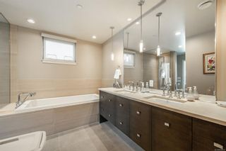 Photo 13: 202 3230 Selleck Way in : Co Lagoon Condo for sale (Colwood)  : MLS®# 866623