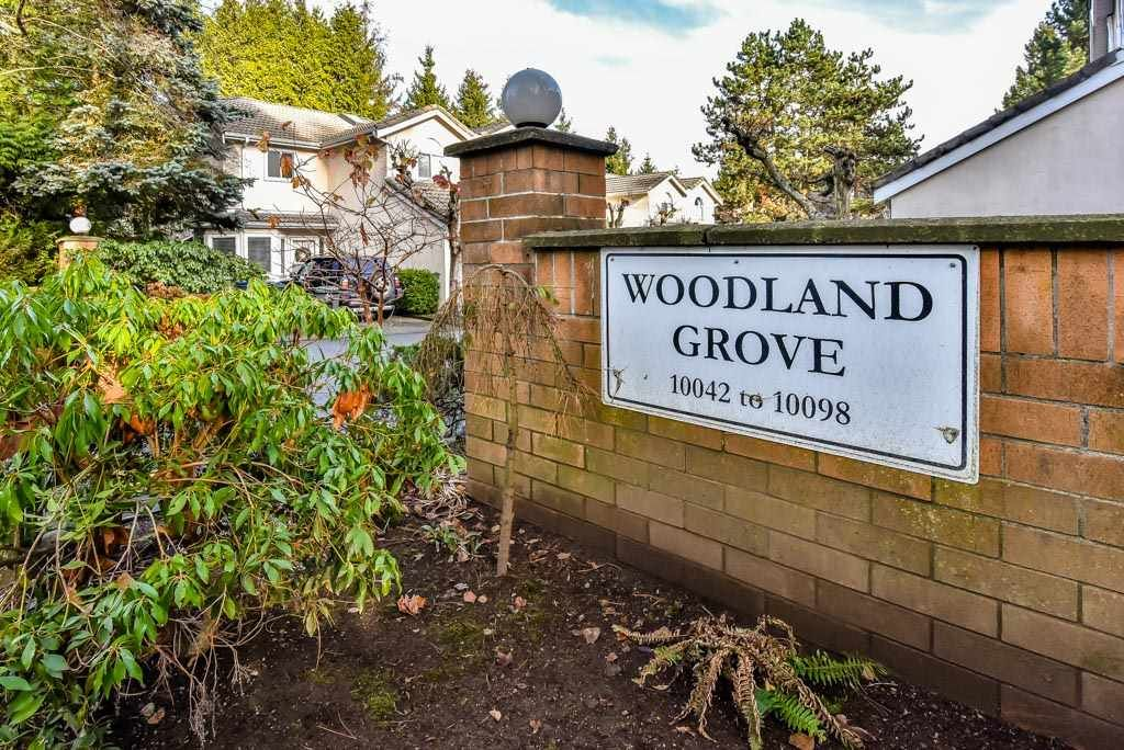 """Main Photo: 4 10086 154 Street in Surrey: Guildford Townhouse for sale in """"Woodland Grove"""" (North Surrey)  : MLS®# R2238657"""