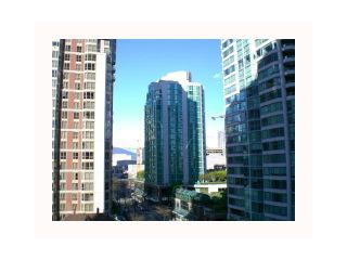 """Photo 6: 1210 909 MAINLAND Street in Vancouver: Downtown VW Condo for sale in """"YALETOWN PARK"""" (Vancouver West)  : MLS®# V854802"""