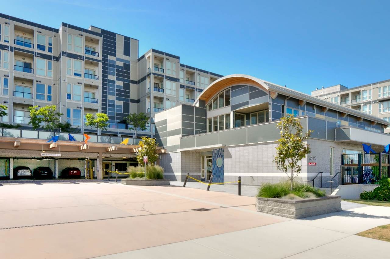 """Main Photo: 267 4099 STOLBERG Street in Richmond: West Cambie Condo for sale in """"REMY"""" : MLS®# R2194058"""