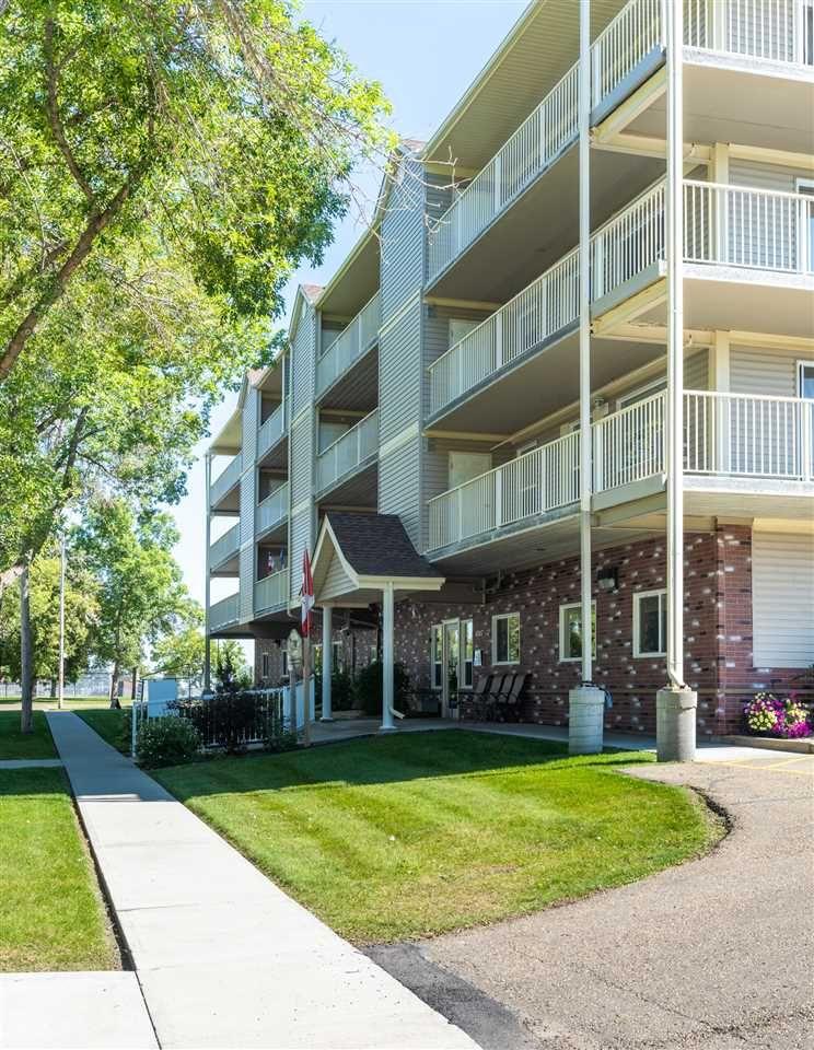 Photo 32: Photos: 208 4707 51 Avenue: Wetaskiwin Condo for sale : MLS®# E4232125