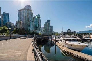 """Photo 5: 2303 590 NICOLA Street in Vancouver: Coal Harbour Condo for sale in """"CASCINA"""" (Vancouver West)  : MLS®# R2587665"""