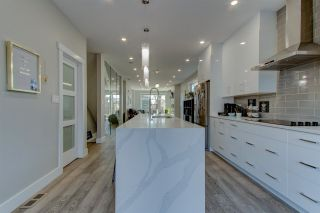 Photo 9: 8313 76 Street in Edmonton: Zone 18 House for sale : MLS®# E4239036