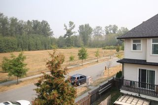 """Photo 11: 1 7238 189TH Street in Surrey: Clayton Townhouse for sale in """"Tate"""" (Cloverdale)  : MLS®# R2299142"""