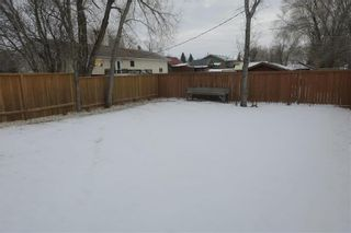 Photo 5: 46 Lilac Street in Mitchell: R16 Residential for sale : MLS®# 202028697