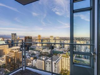 """Photo 8: 4005 1028 BARCLAY Street in Vancouver: West End VW Condo for sale in """"PATINA"""" (Vancouver West)  : MLS®# R2147918"""