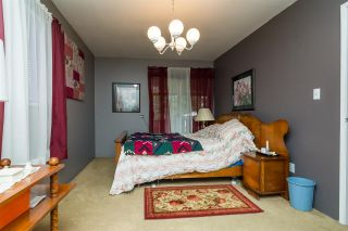 Photo 7: 932 240 Street in Langley: Otter District House for sale : MLS®# R2232971