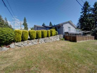 """Photo 30: 6345 ORACLE Road in Sechelt: Sechelt District House for sale in """"West Sechelt"""" (Sunshine Coast)  : MLS®# R2468248"""