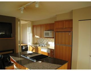 """Photo 5: 1601 1723 ALBERNI Street in VANCOUVER: West End VW Condo for sale in """"THE PARK"""" (Vancouver West)  : MLS®# V798802"""