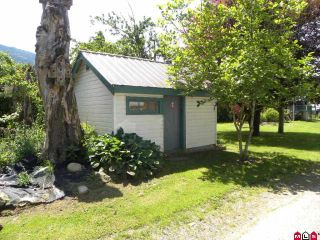 "Photo 9: 4985 BERGMAN Road in YARROW, CHILLIWACK: Yarrow House for sale in ""YARROW"" (Chilliwack)  : MLS®# H1002702"