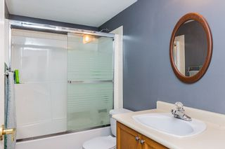 """Photo 13: 411 68 RICHMOND Street in New Westminster: Fraserview NW Condo for sale in """"GATEHOUSE"""" : MLS®# R2150435"""
