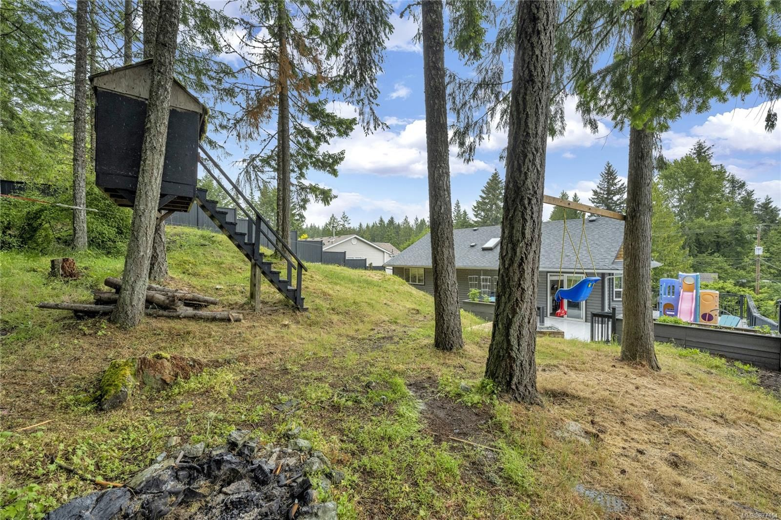 Photo 3: Photos: 2376 Terrace Rd in : ML Shawnigan House for sale (Malahat & Area)  : MLS®# 877154