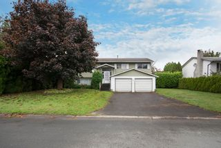 Photo 2: 6481 Trent St in Chilliwack: Sardis West Vedder Rd House for sale : MLS®# R2114322