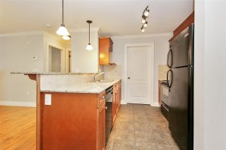 """Photo 6: 208 45753 STEVENSON Road in Chilliwack: Sardis East Vedder Rd Condo for sale in """"Park Place II"""" (Sardis)  : MLS®# R2510735"""
