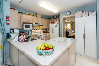 Photo 14: 19422 CUSICK Crescent in Pitt Meadows: Mid Meadows House for sale : MLS®# R2493734