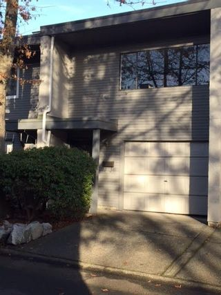 Photo 2: 4906 RIVER REACH in Delta: Ladner Elementary Townhouse for sale (Ladner)  : MLS®# R2228206