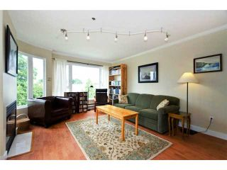 """Photo 2: 302 3218 ONTARIO Street in Vancouver: Main Condo for sale in """"TRENDY MAIN"""" (Vancouver East)  : MLS®# V897888"""