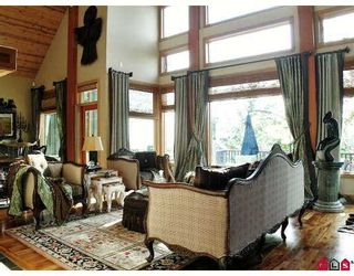 """Photo 3: 2385 CRANBERRY Court in Abbotsford: Abbotsford East House for sale in """"EAGLE MOUNTAIN"""" : MLS®# F2704664"""