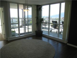 "Photo 7: 903 1425 W 6TH Avenue in Vancouver: False Creek Condo for sale in ""MODENA OF PORTICO"" (Vancouver West)  : MLS®# V832916"