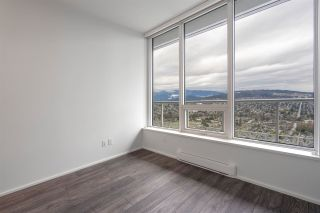 "Photo 9: 6102 4510 HALIFAX Way in Burnaby: Brentwood Park Condo for sale in ""AMAZING BRENTWOOD"" (Burnaby North)  : MLS®# R2429867"