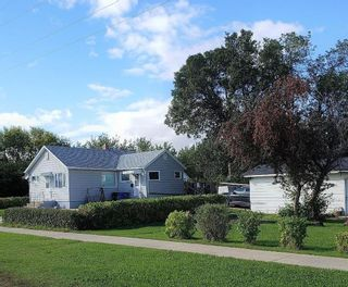 Photo 1: 210 Buchanon Avenue in Dauphin: R30 Residential for sale (R30 - Dauphin and Area)  : MLS®# 202101444