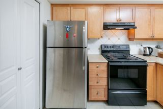 """Photo 4: 210 5605 HAMPTON Place in Vancouver: University VW Condo for sale in """"PEMBERLEY"""" (Vancouver West)  : MLS®# R2364341"""