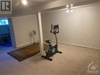 Photo 22: 15 STARWOOD ROAD in Ottawa: House for rent : MLS®# 1265449
