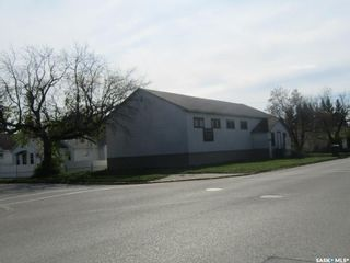 Photo 2: 300 1st Street West in Nipawin: Commercial for sale : MLS®# SK842459