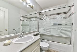"""Photo 18: 31 7330 122 Street in Surrey: West Newton Townhouse for sale in """"STRAWBERRY HILL ESTATES"""" : MLS®# R2267551"""