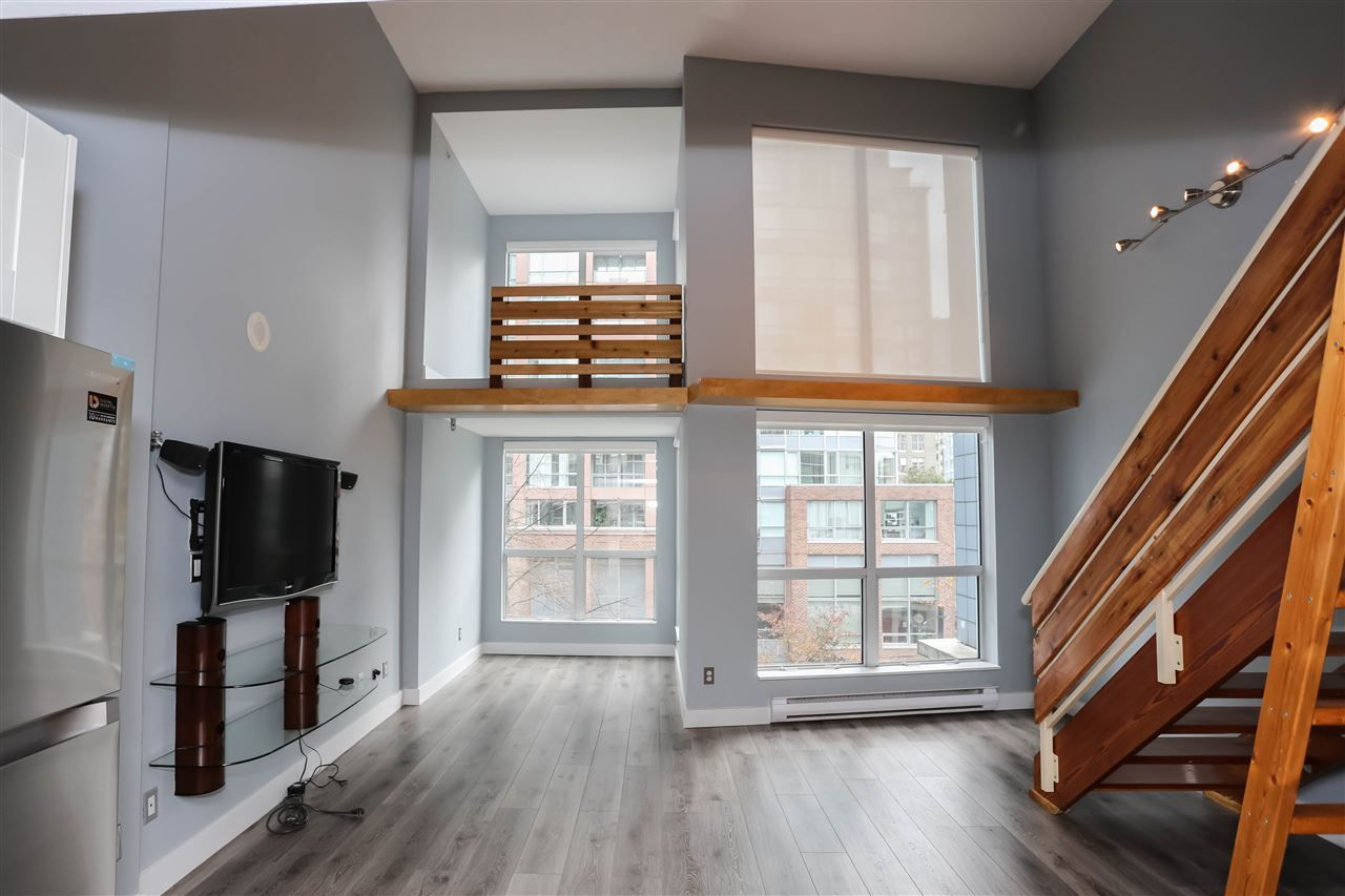 Main Photo: 313 933 SEYMOUR STREET in : Downtown VW Condo for sale : MLS®# R2348485