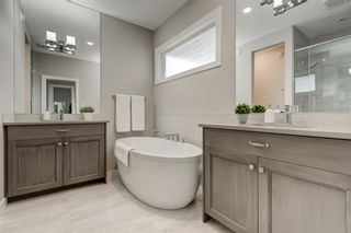 Photo 25: 707 Shawnee Drive SW in Calgary: Shawnee Slopes Detached for sale : MLS®# A1109379
