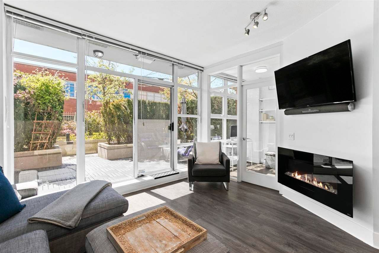 "Main Photo: 201 298 E 11TH Avenue in Vancouver: Mount Pleasant VE Condo for sale in ""SOPHIA"" (Vancouver East)  : MLS®# R2575369"