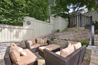 Photo 2: 1545 TRAFALGAR STREET in Vancouver: Kitsilano Townhouse for sale (Vancouver West)  : MLS®# R2392914