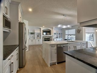 Photo 6: 12 Sienna Heights Way SW in Calgary: Signal Hill Detached for sale : MLS®# A1099178